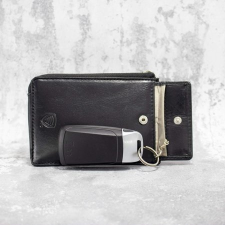 Key fob pouch with KeyLess Entry protection